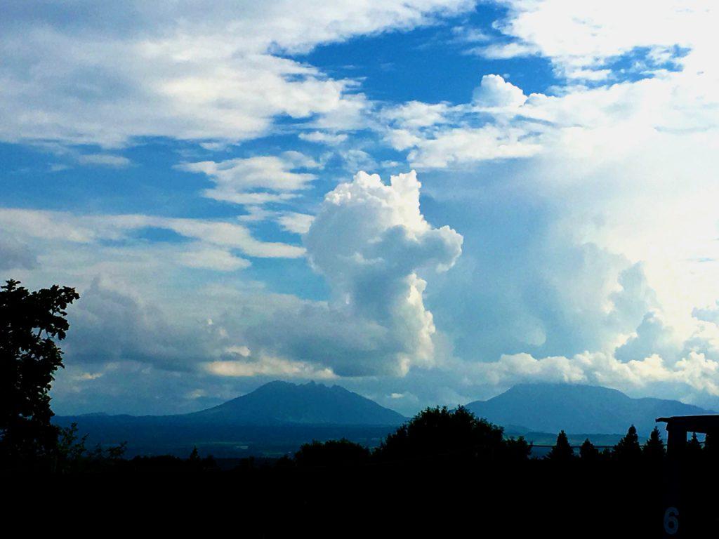 根子岳の雲龍