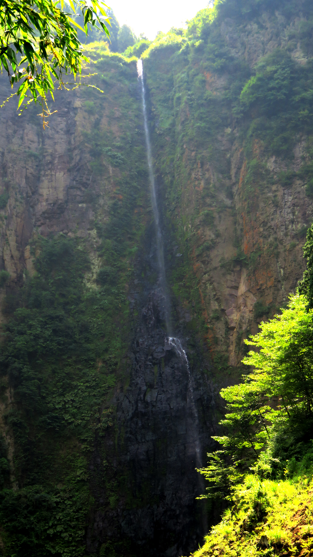 阿蘇くじゅう国立公園阿蘇ジオパークジオサイト「古閑の滝」