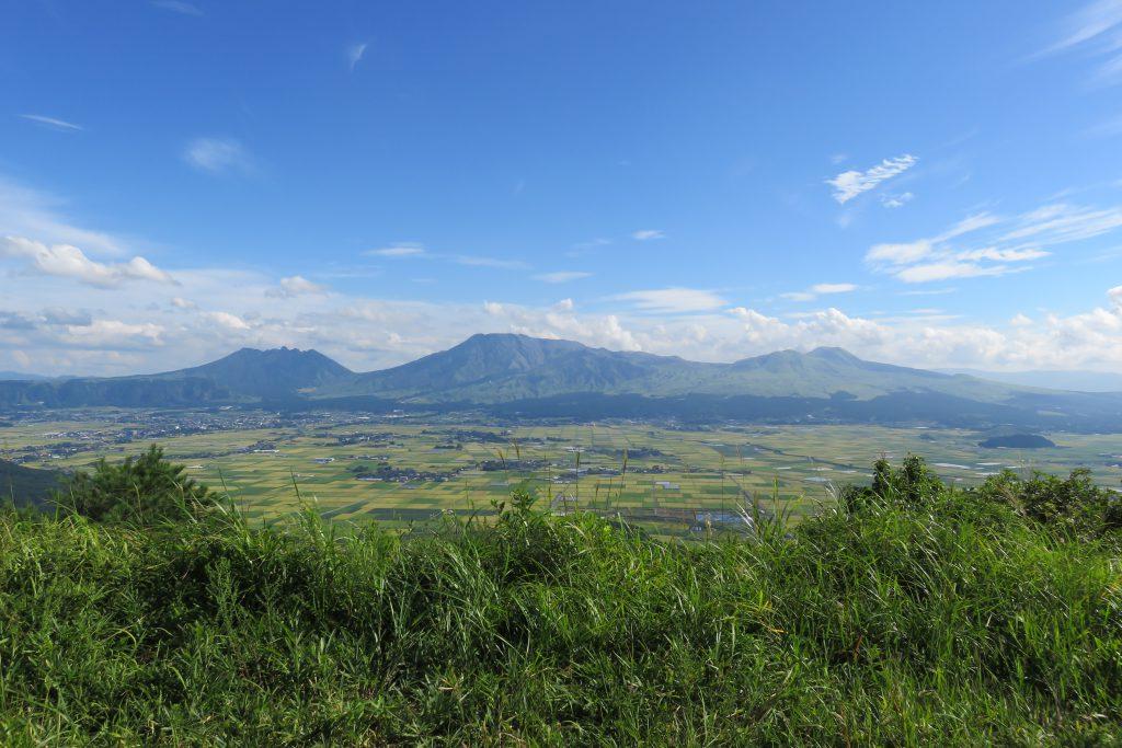 嵐のCMと同じ場所で撮影した阿蘇大観峰